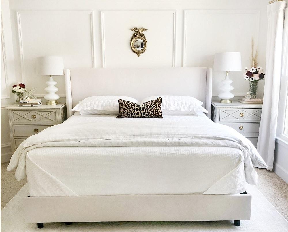 Sypialnia w stylu prowansalskim na poddaszu
