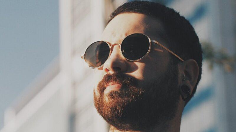 Hiszpańska broda – jak ją zapuścić, a jak pielęgnować?